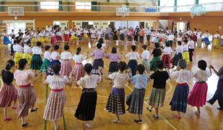 岡山城で踊ろう楽しいフォークダンス